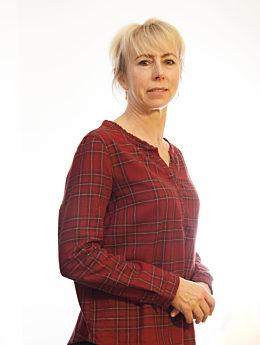 Mitarbeiterin Łata Jolanta seitlich