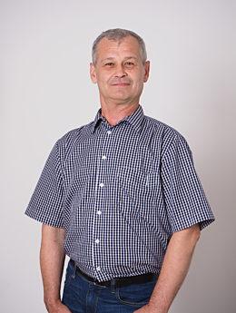 Mitarbeiter Jacek Wojcieszyński seitlich